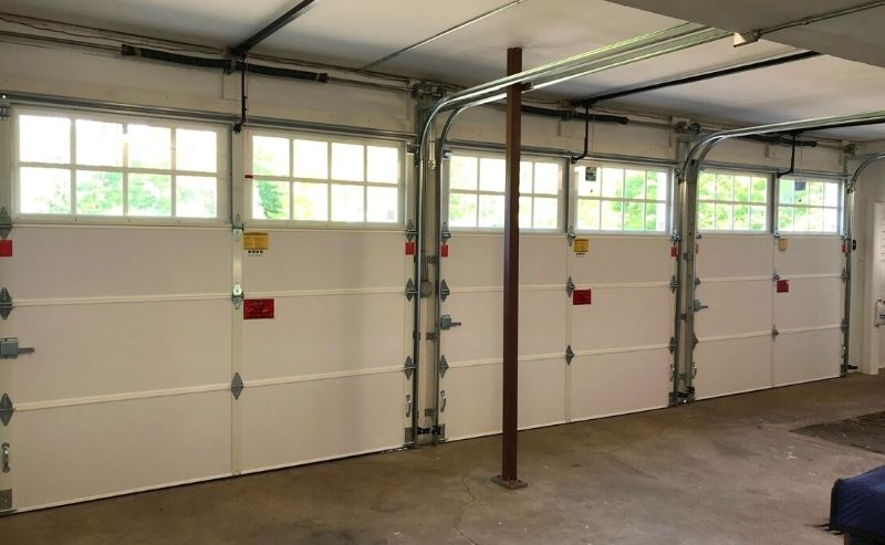 Feature-Image---Why-you-Should-Hire-a-Professional-to-Install-your-Garage-Doors